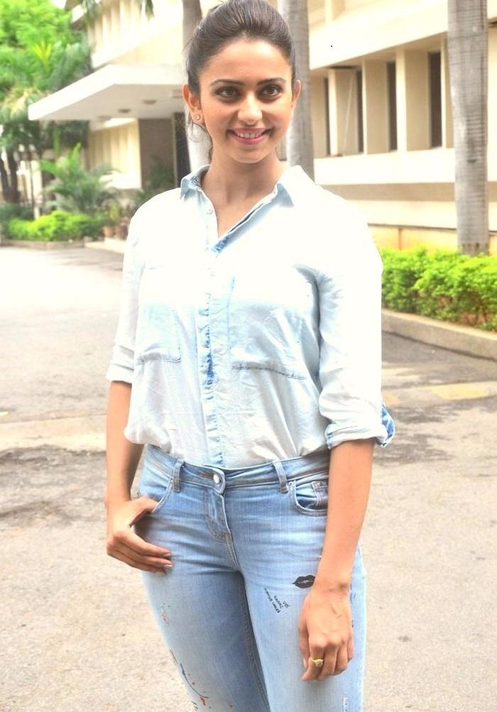 Rakul preet singh white dress jeans wallpaper