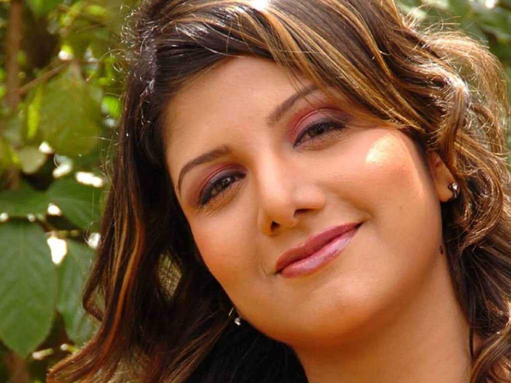 Rambha face wallpapers