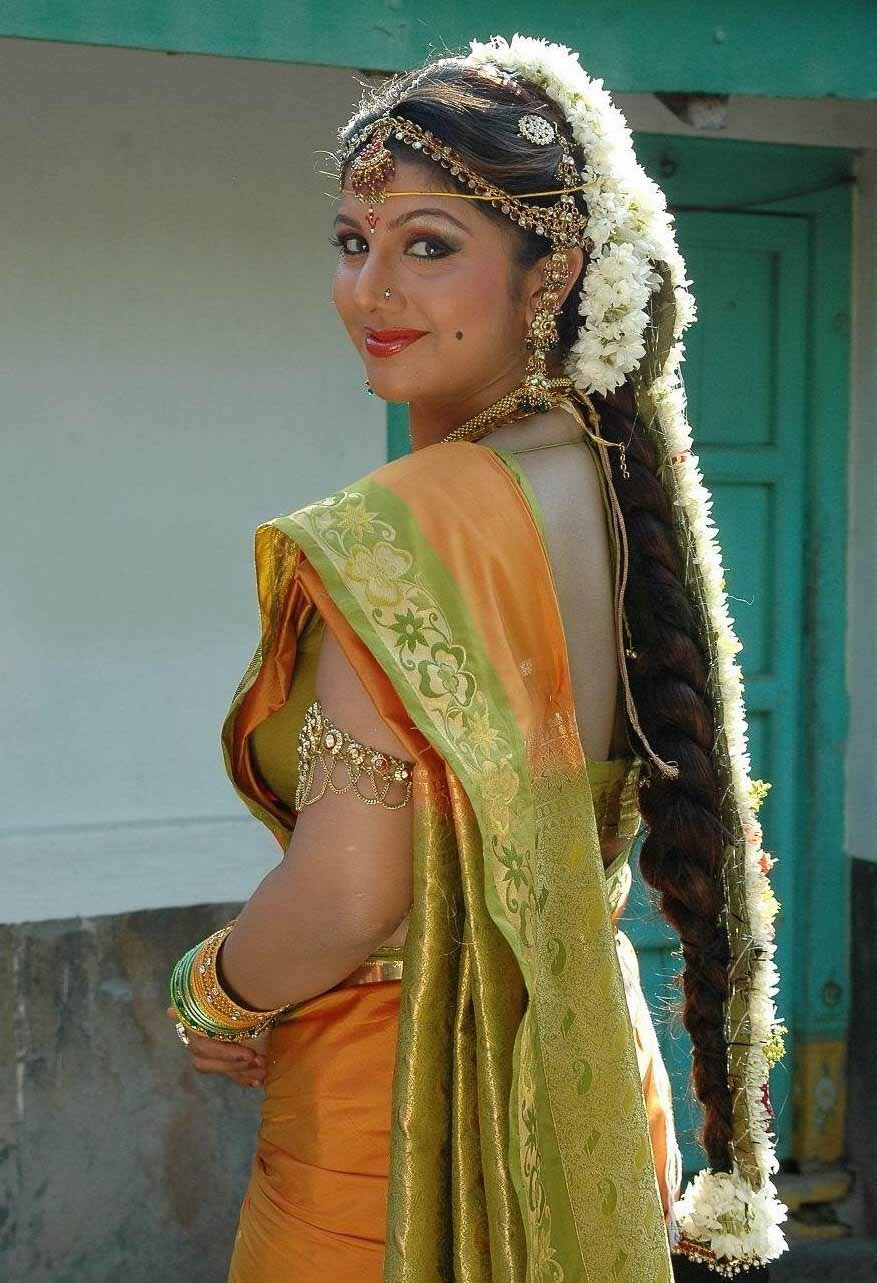 Rambha saree side look photos