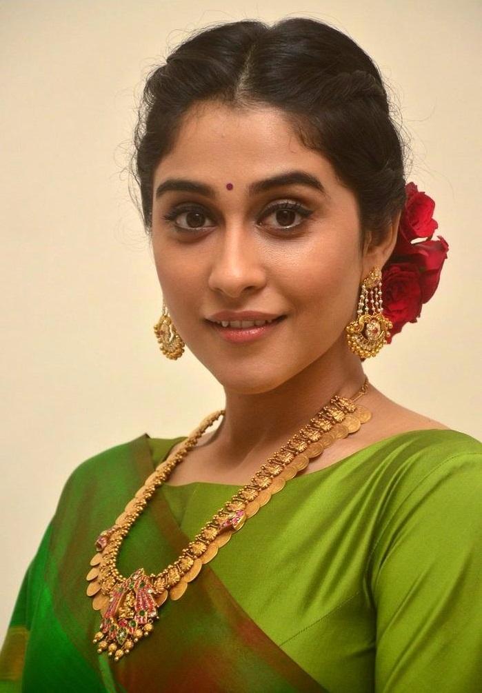 Regina cassandra green saree cute face stills