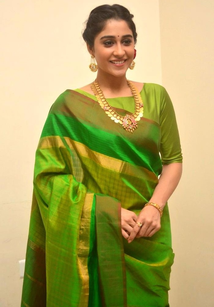 Regina cassandra green saree wallpaper