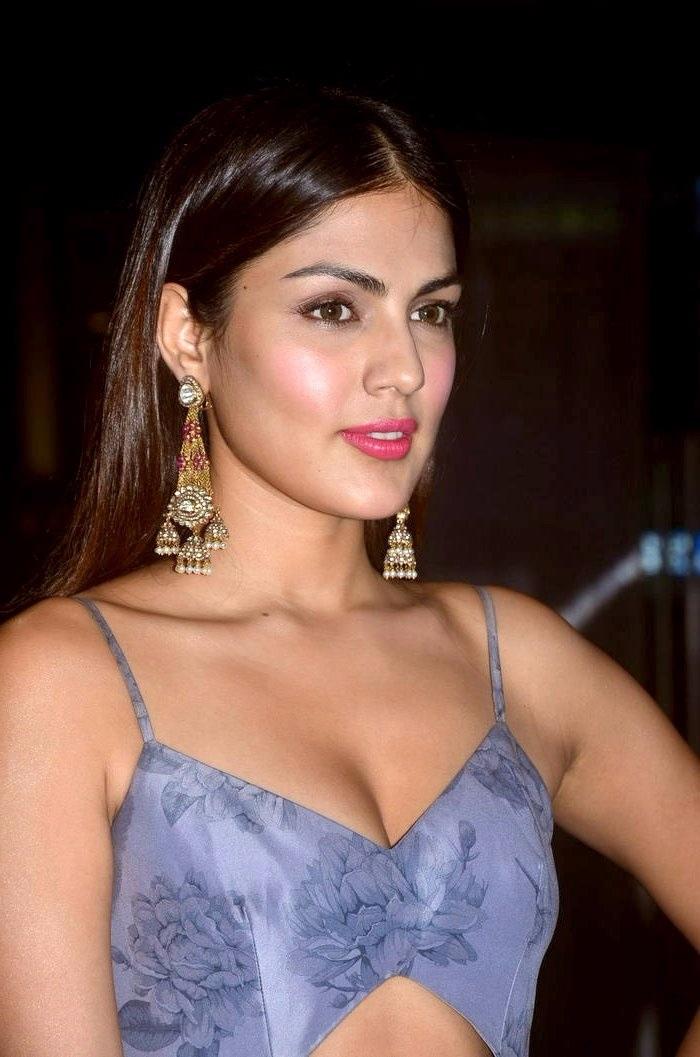 Riya chakravarthy light blue dress pictures