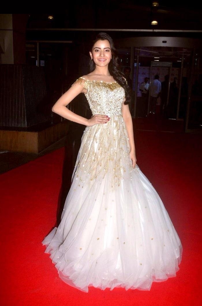 Rukshar mir white dress press meet pictures