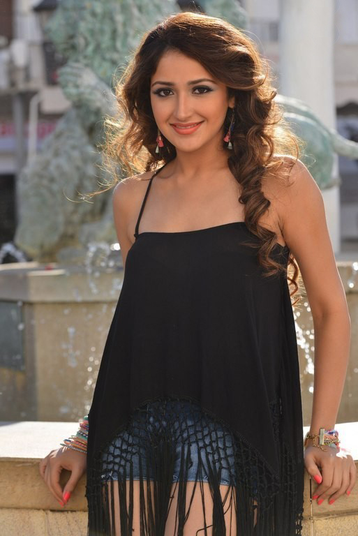 Sayesha saigal black dress hot stills