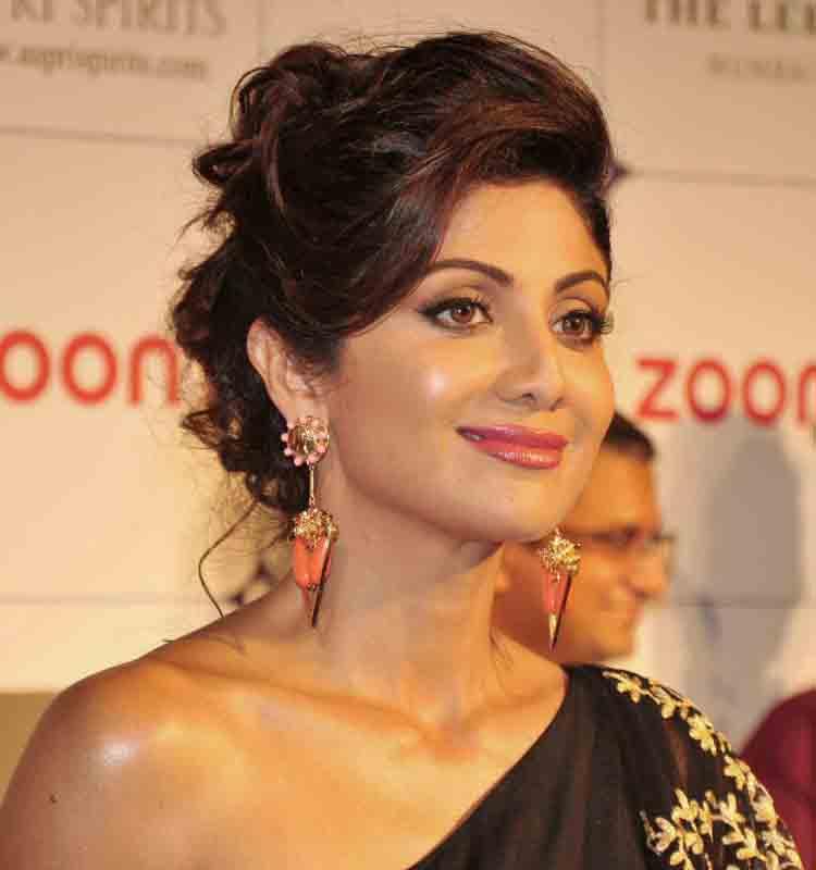 Shilpa shetty cute hair style photos