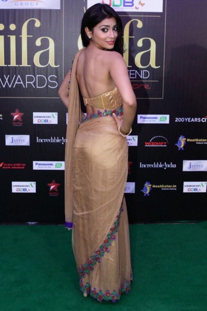 Shriya sarans half saree backless pictures