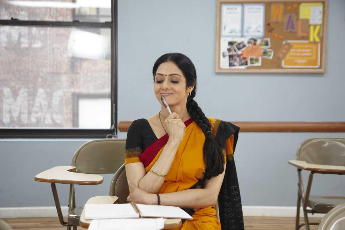 Sridevi cute saree movie photos