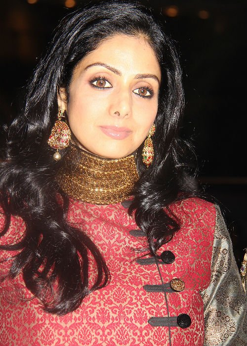 Sridevi young hairstyle photos
