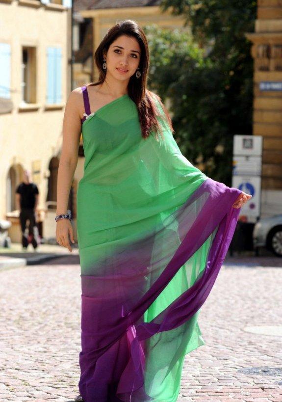 Tamanna bhatia green saree pictures