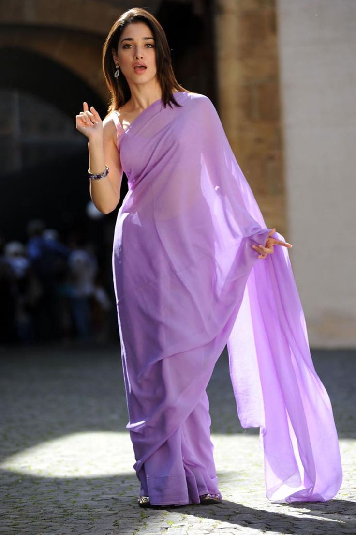 Tamanna bhatia purple saree pictures