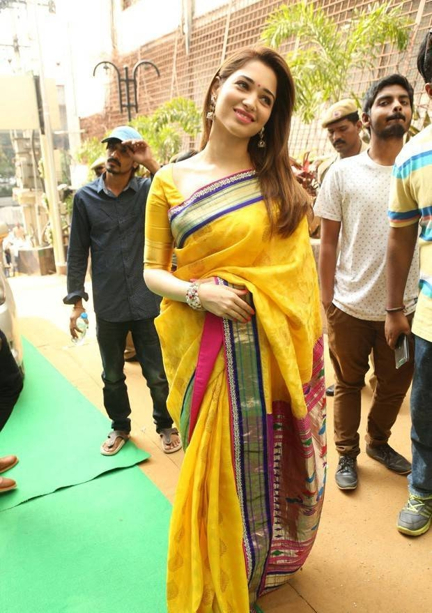 Tamanna bhatia yellow saree pictures