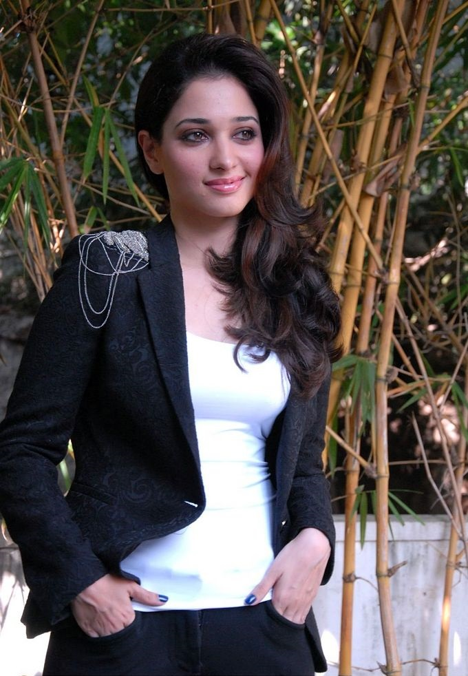 Tamanna black and white dress beautiful wallpaper