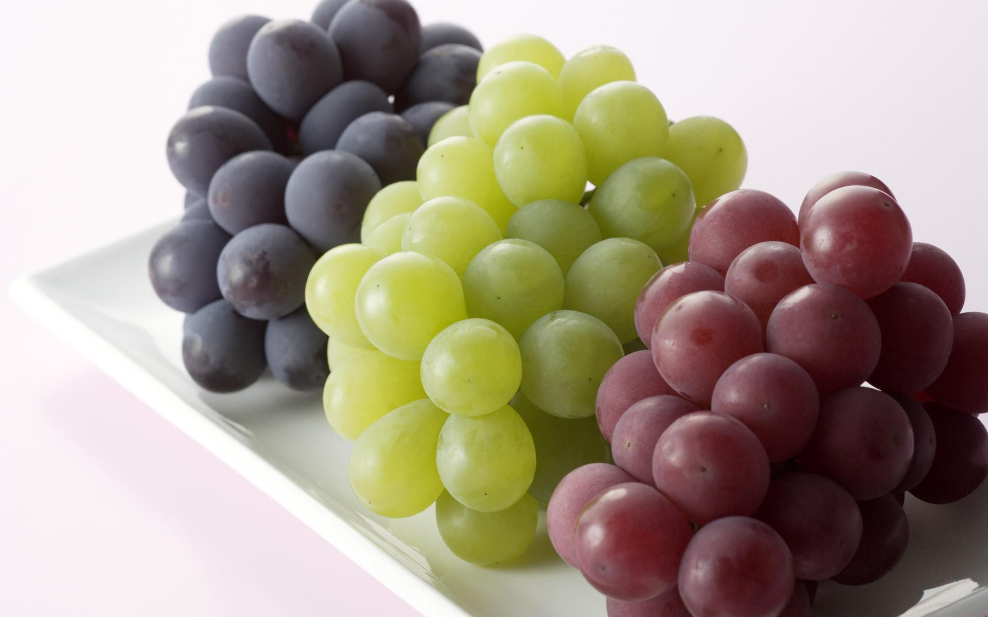 Three color grapes photos