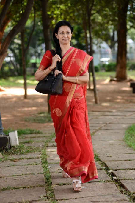 Actress gouthami pictures