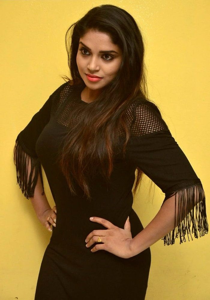 Actress karunya chowdary black dress beautiful hd pictures