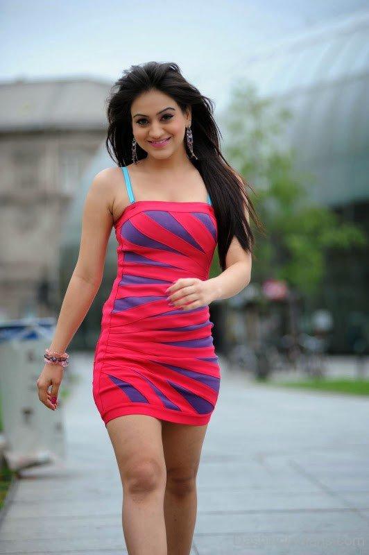 Aksha pardasany cute pictures