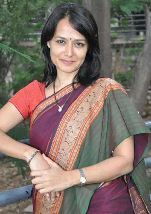 Amala saree photos
