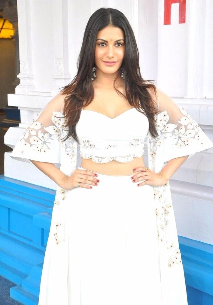 Amyra dastur white dress desktop pictures