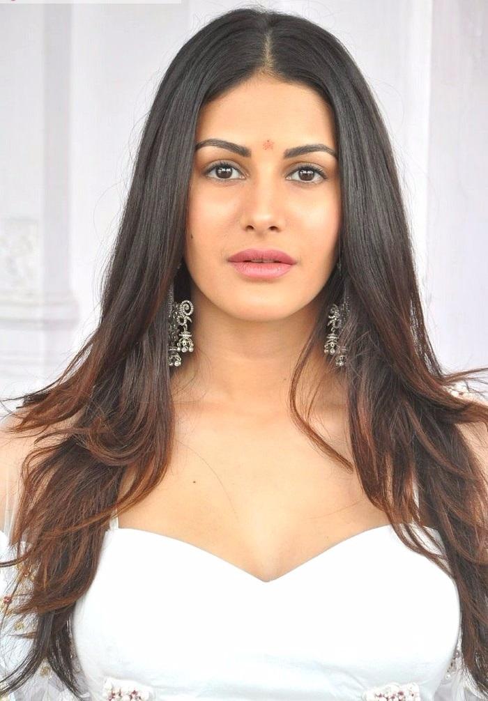 Amyra dastur white dress smile pose stills