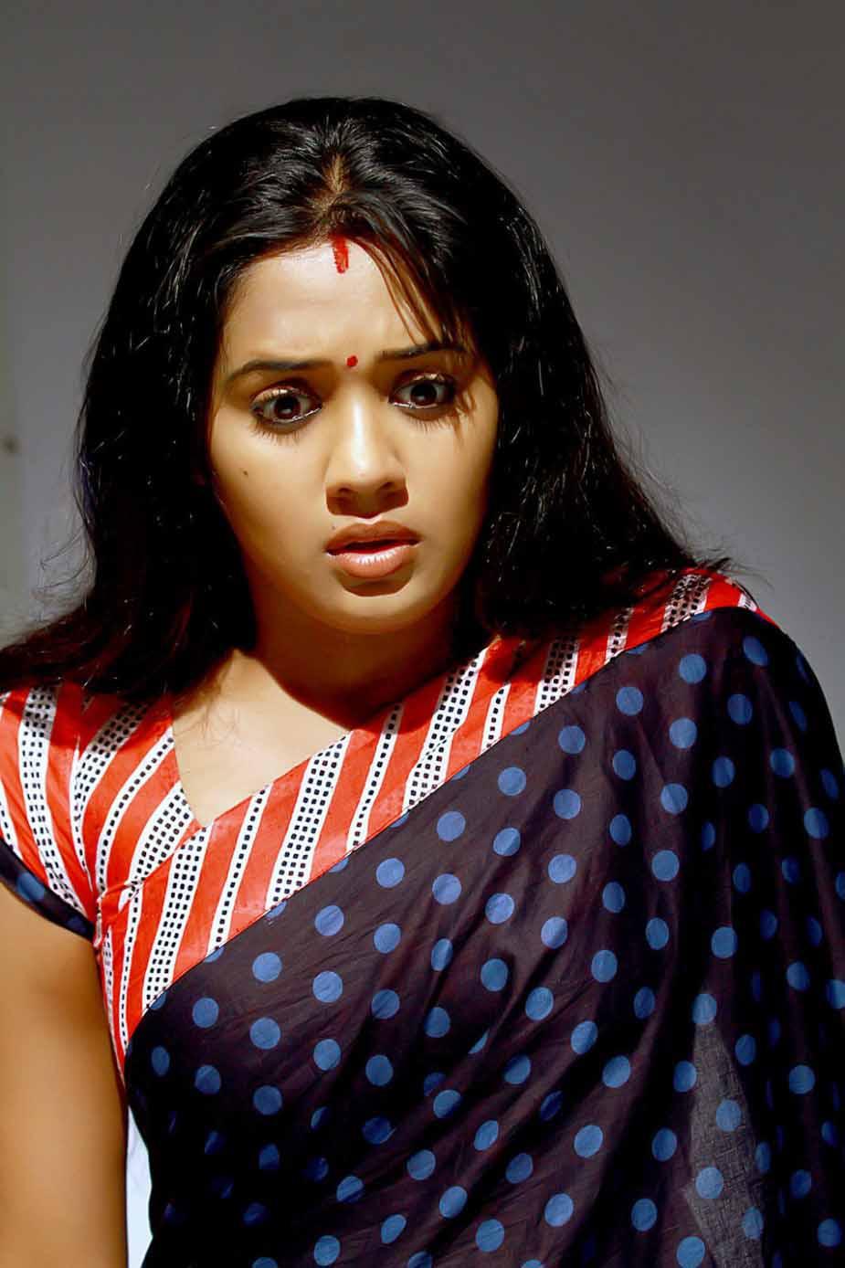Ananya saree wallpapers