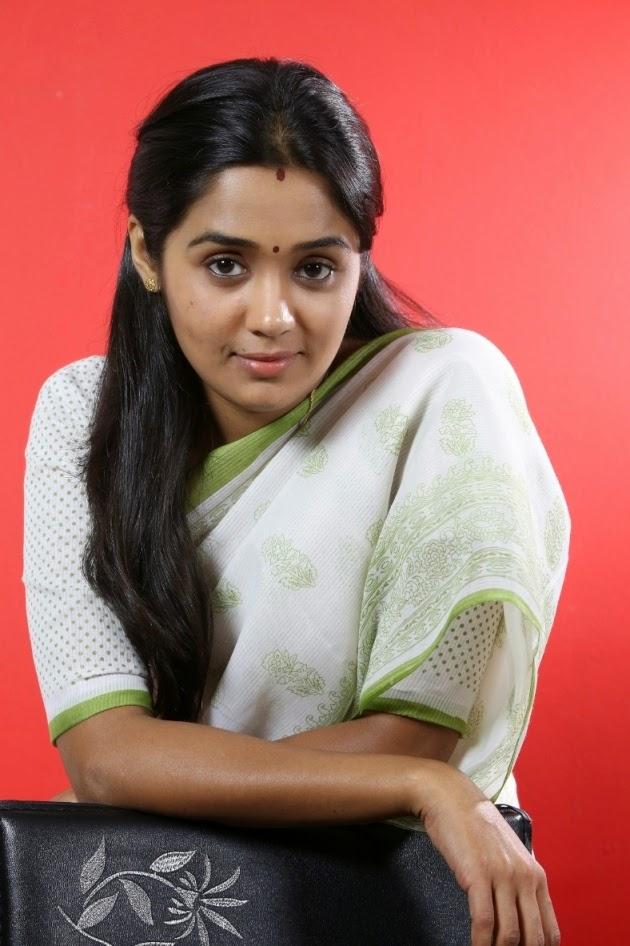 Ananya white saree photos