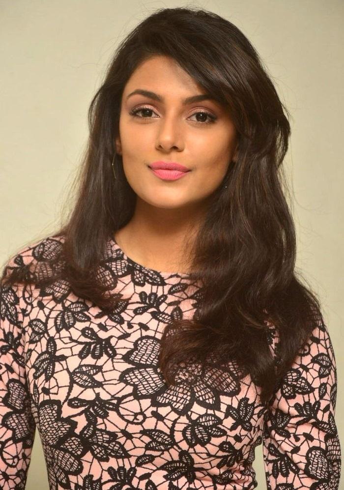 Anisha ambrose unseen pics