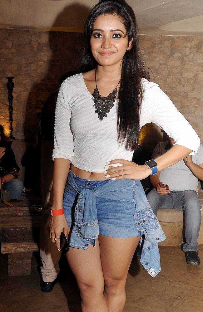 Asha negi mini dress pictures