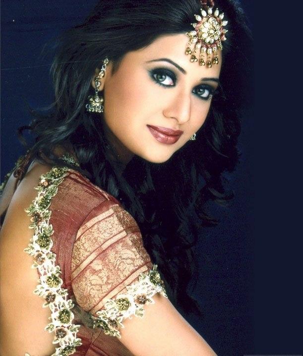 Ashima bhalla backless pics