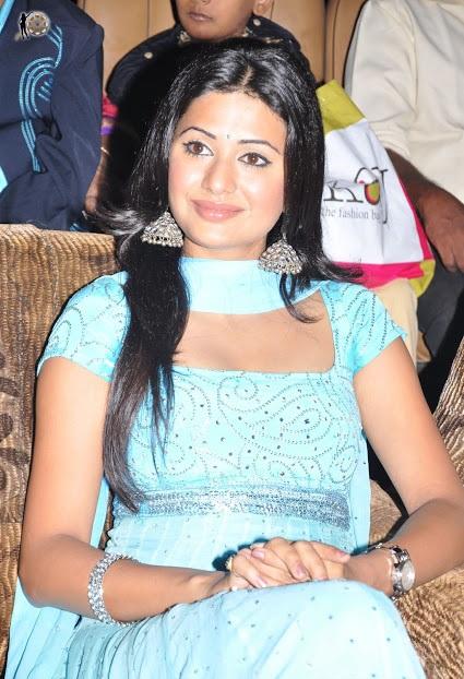 Ashima bhalla churidar photos