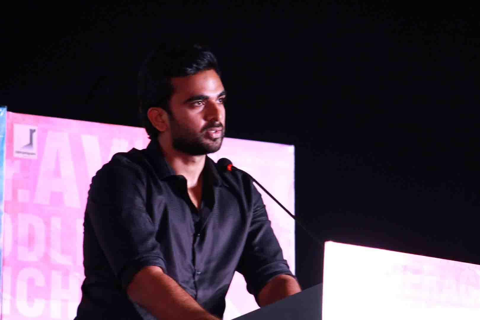 Ashok selvan in kootathil oruthan film interview photos
