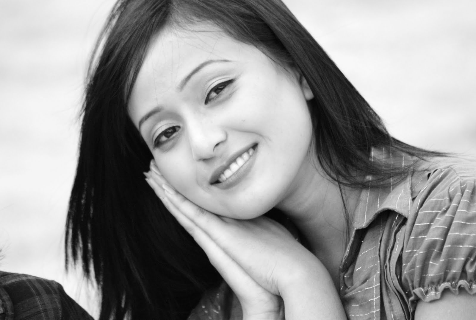 Bala hijam black and white wallpapers