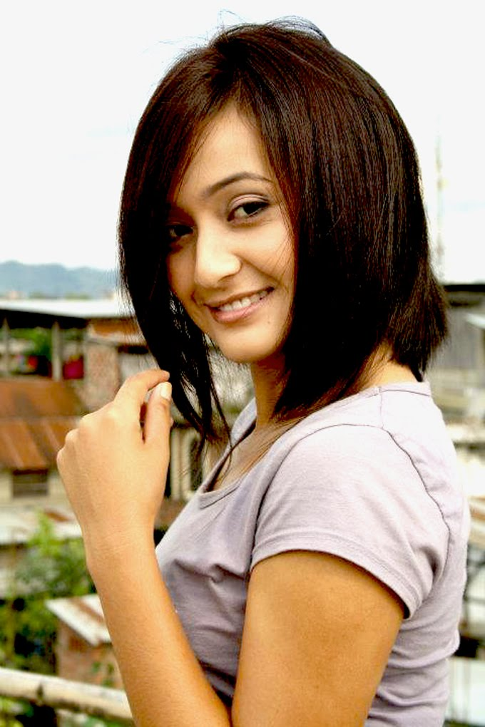 Bala hijam cute smile photos