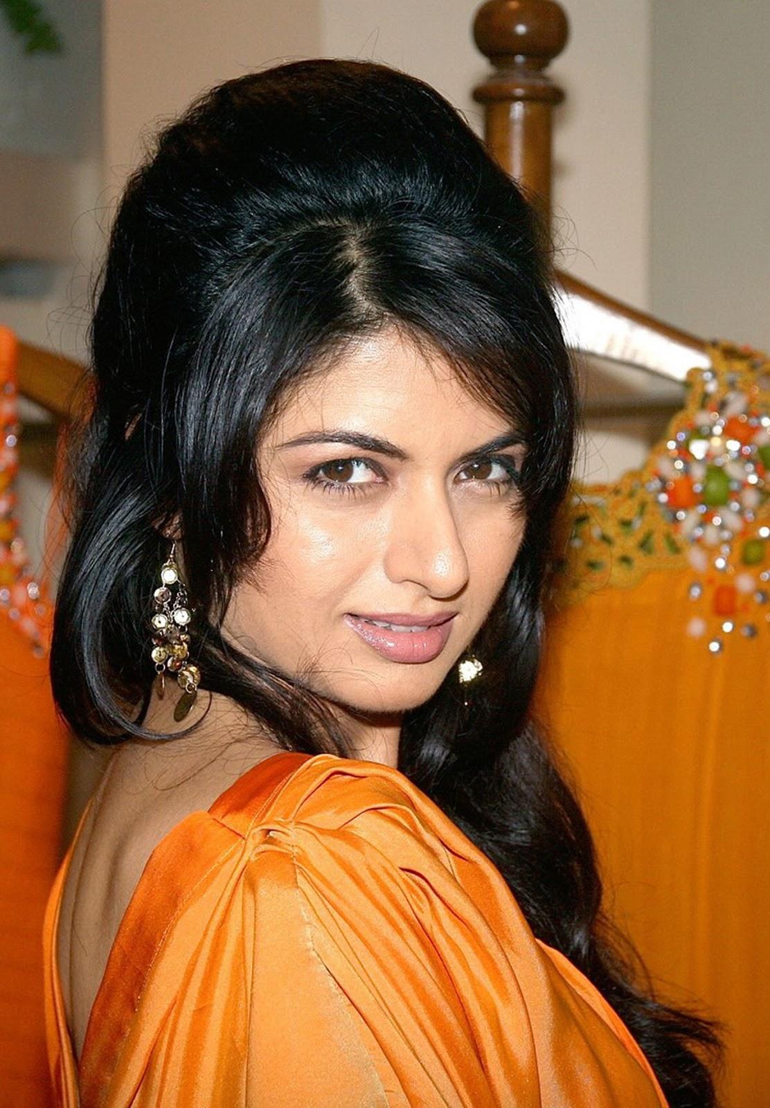 Bhagyashree patwardhan cute hairstyle pics