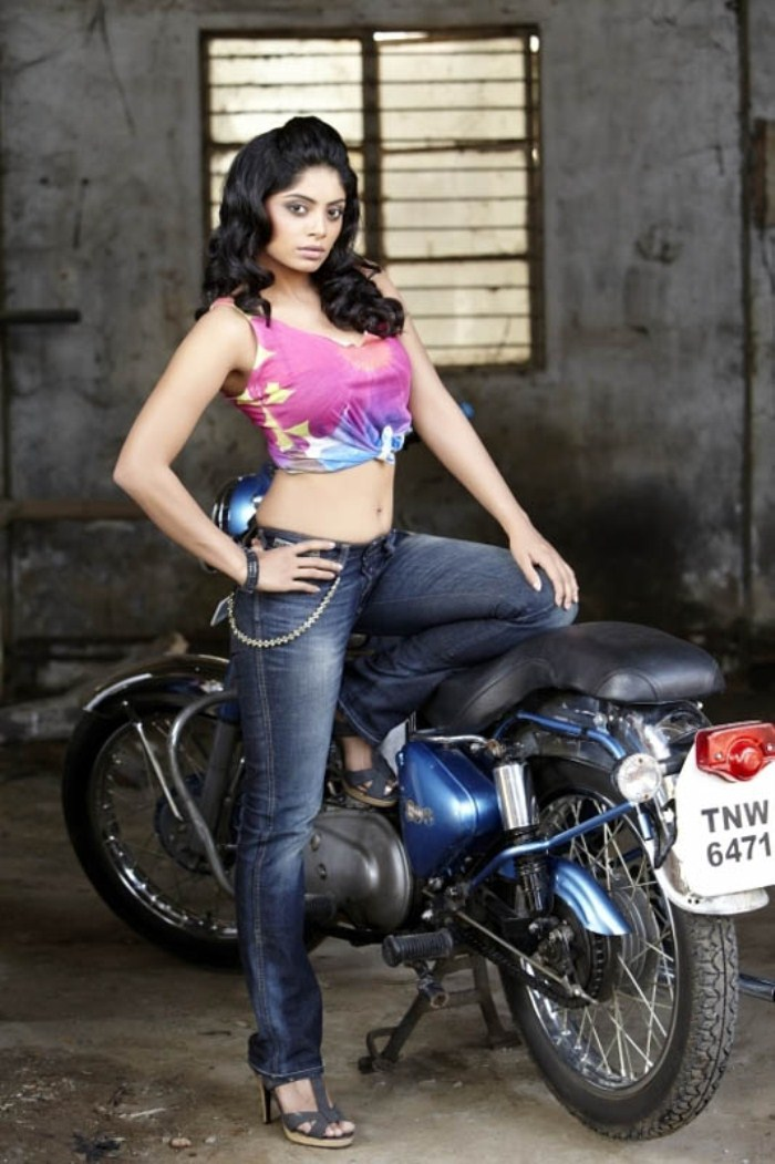 Bhavana rao in bike photos