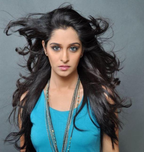 Deepika samson hairstyle pics