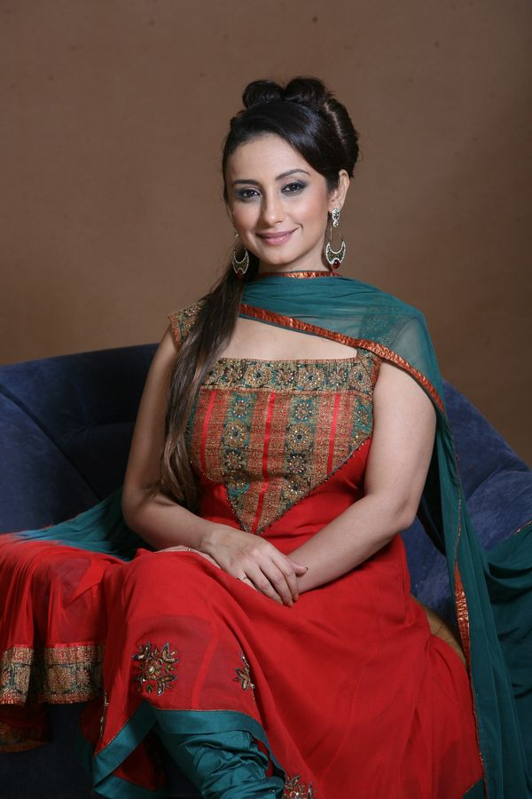 Divya dutta churidar photos
