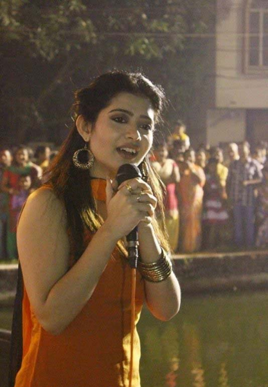 Ena saha night in public photos