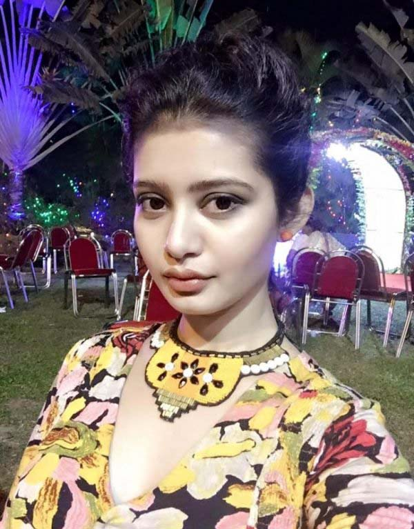 Ena saha night photos