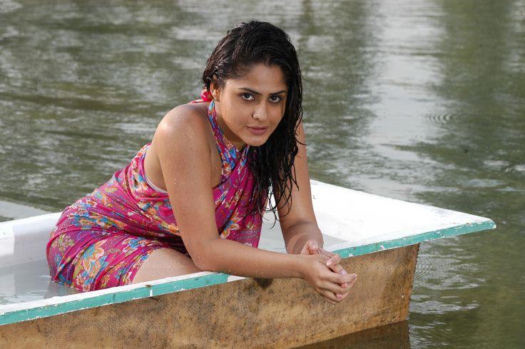 Farzana bath photos