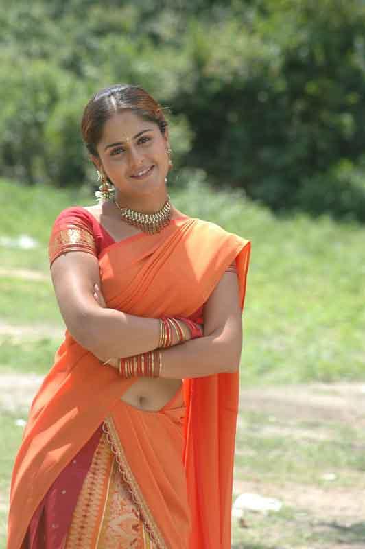 Farzana half saree photos