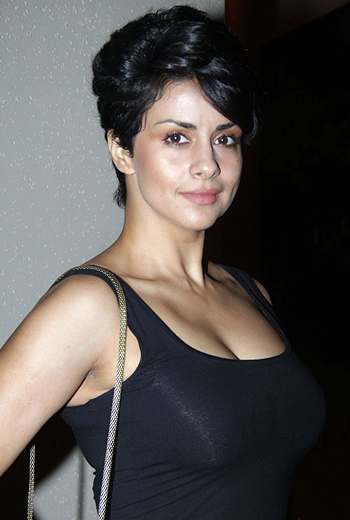 Gul panag short hair photos