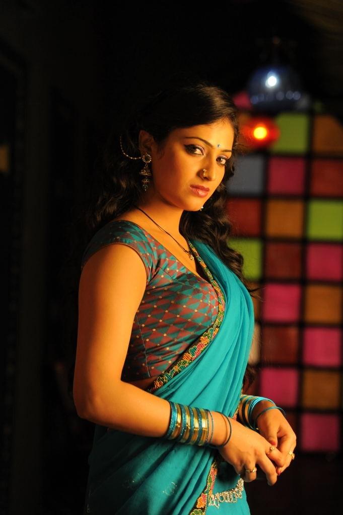 Haripriya actress saree images