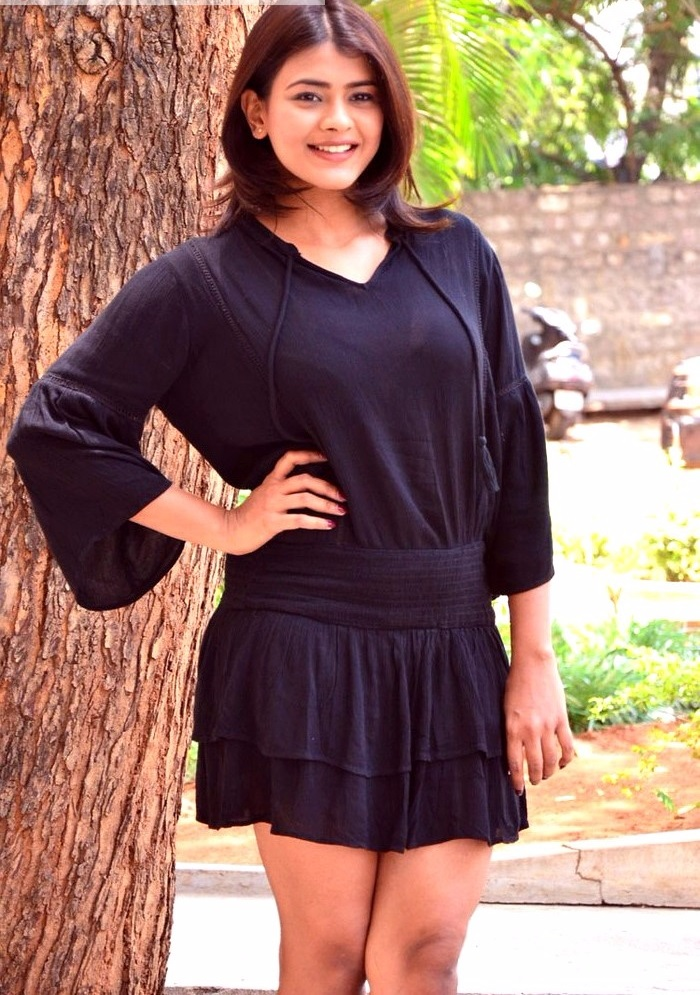 Hebah patel black dress beautiful pictures