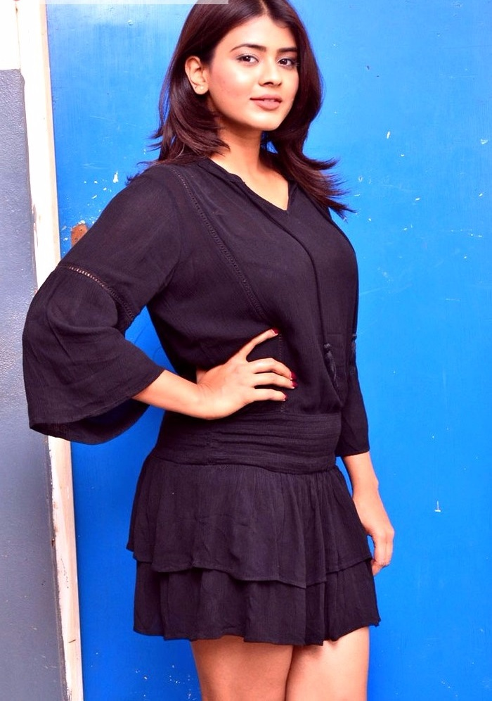 Hebah patel black dress figure photos