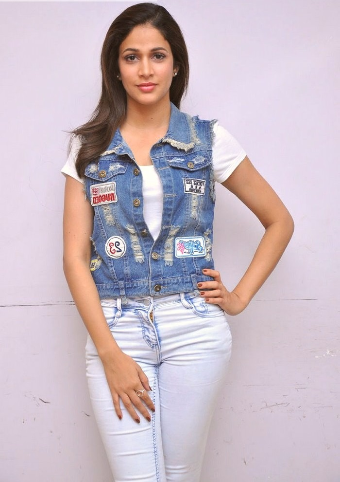 Lavanya tripathi blue and white dress glamour wallpaper