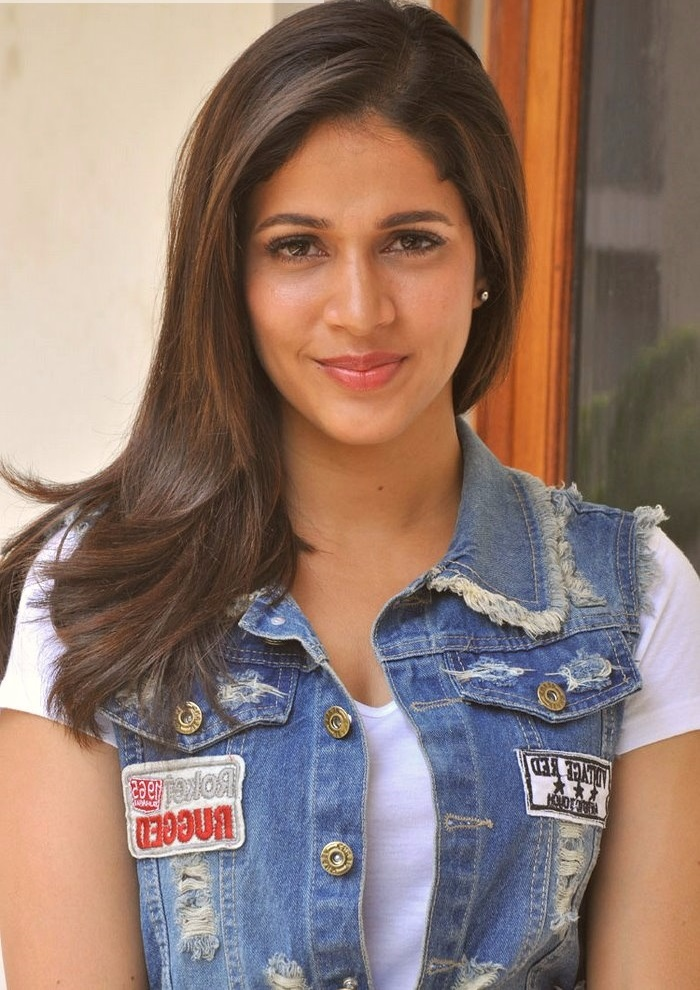 Lavanya tripathi blue and white dress hd image