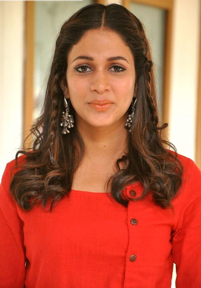 Lavanya tripathi red dress desktop pics