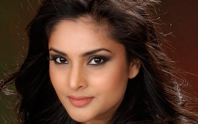 Ramya face wallpapers