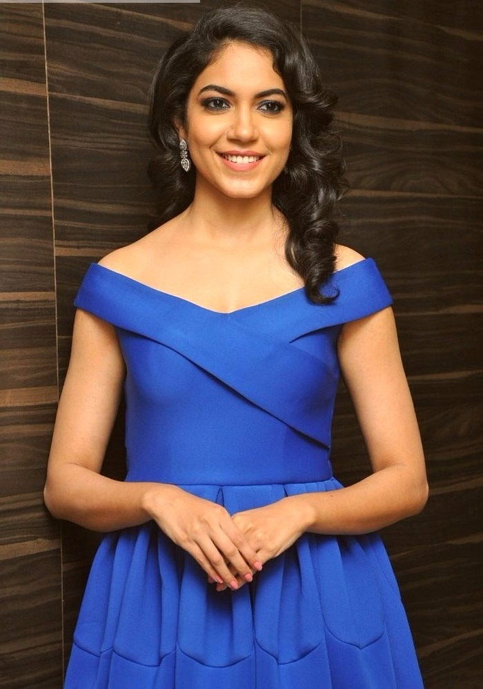 Ritu varma blue dress filmfare awards photos