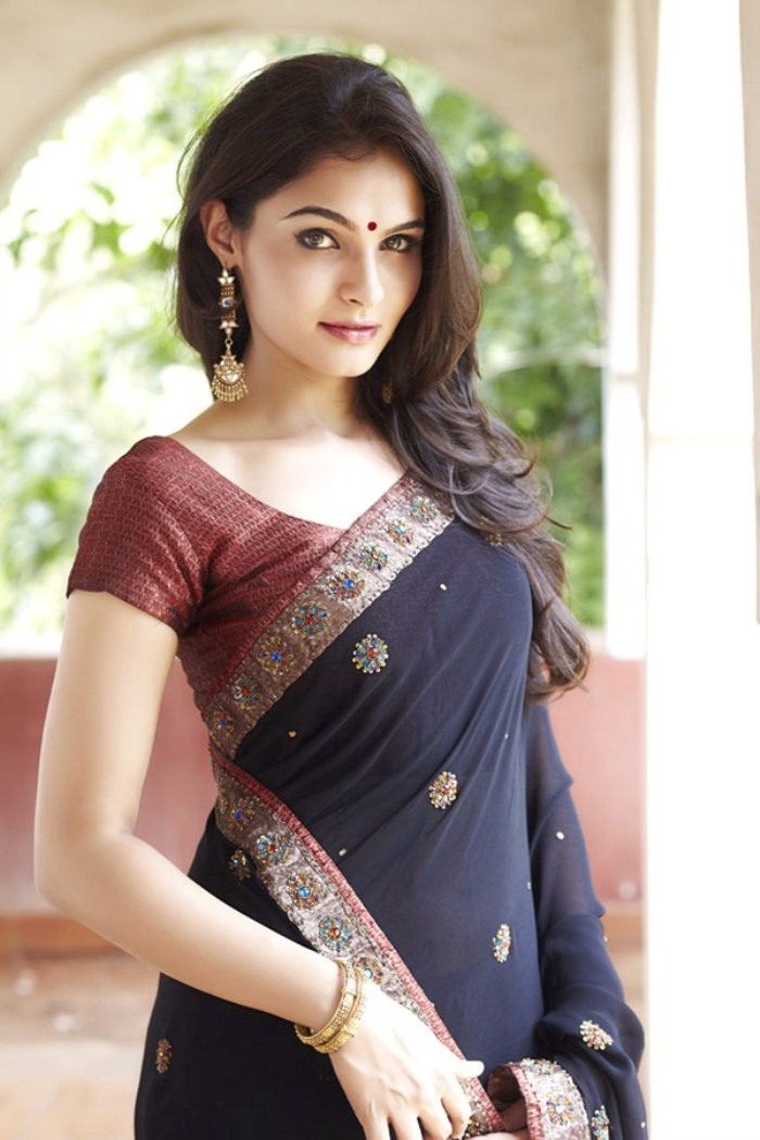 Saree andrea jeremiah pictures